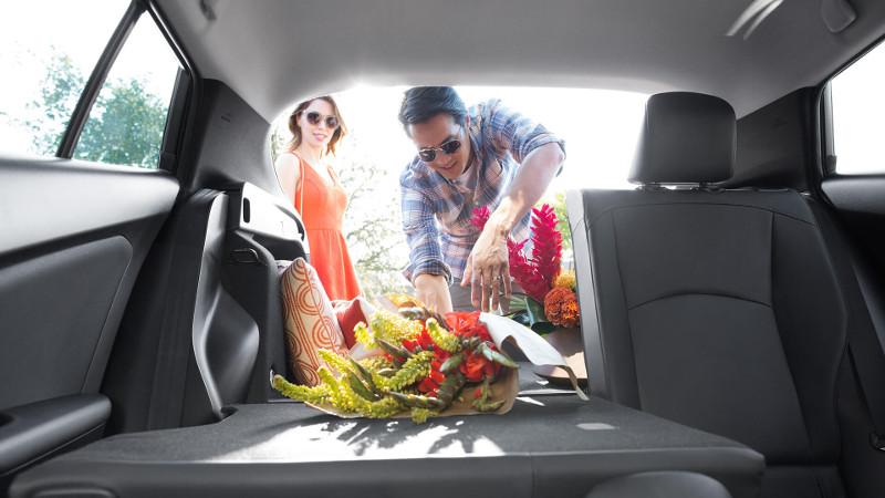 2016 Toyota Prius Cargo