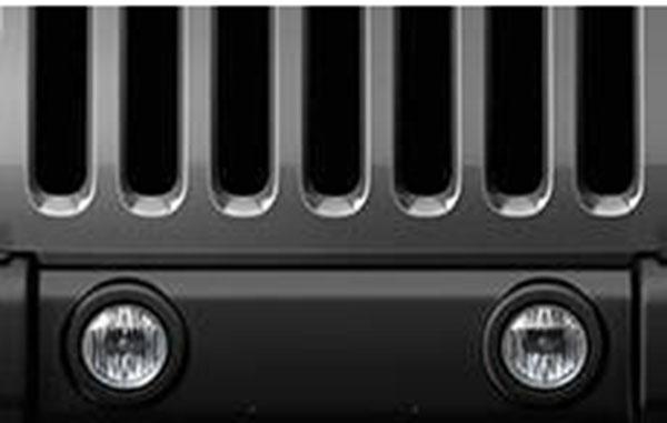2015-Dodge-Challenger-Engine