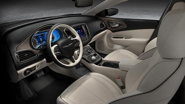 2015 Chrysler 200 interior