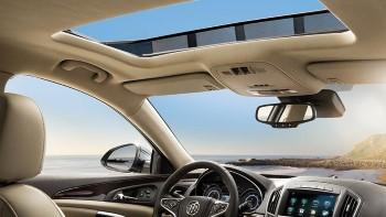 2016 Buick Regal Interior