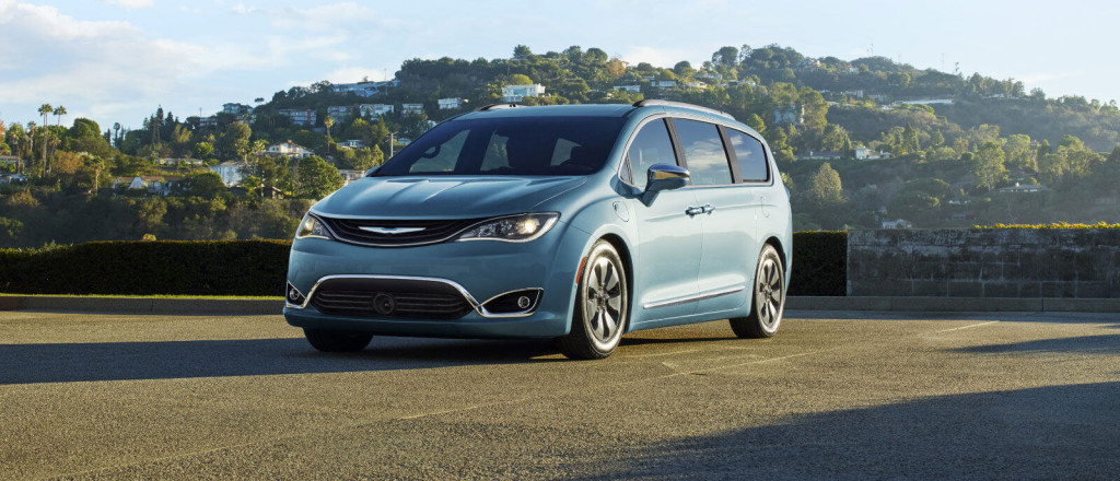 2017 Chrysler Pacifica trims