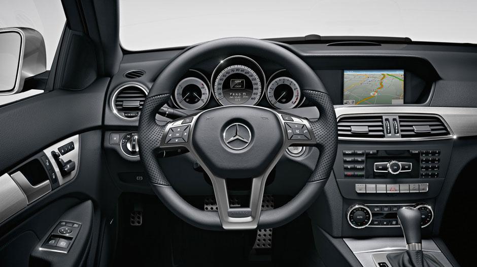 2016 Mercedes-Benz C 250 Coupe Interior Dash