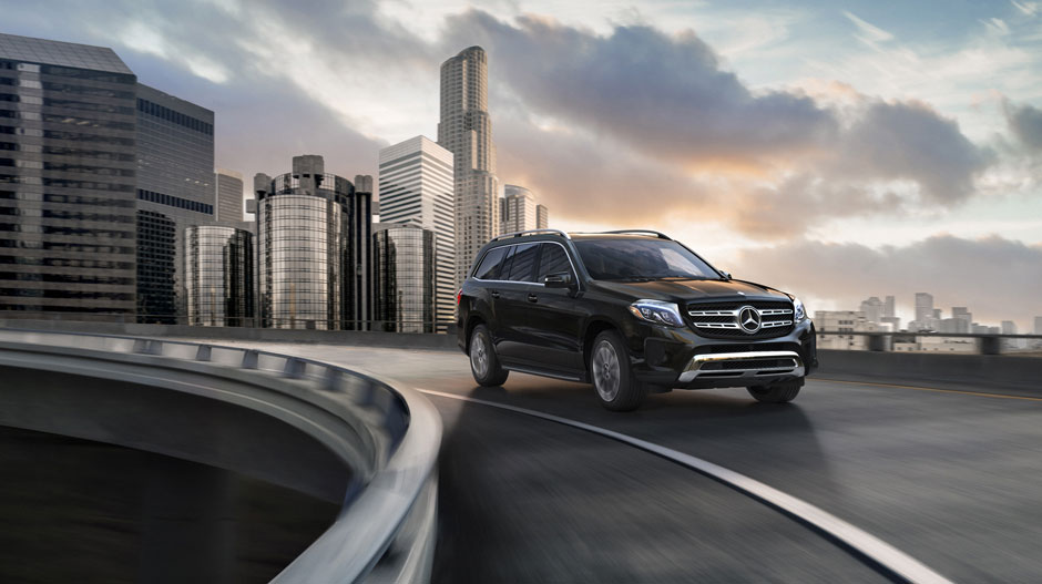 2019 GLS Driving