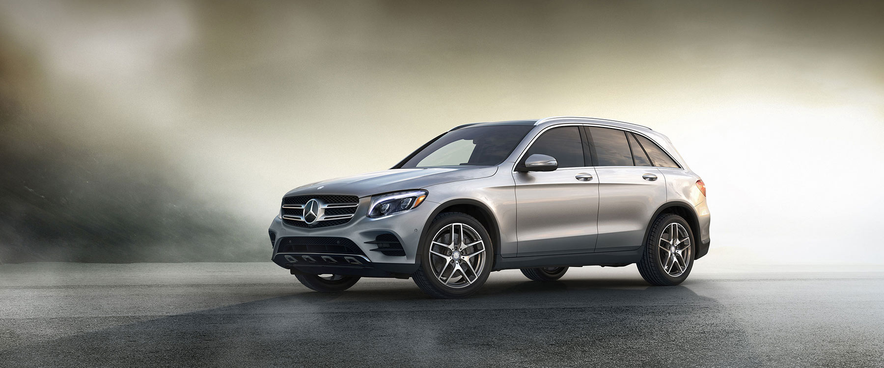 Take in the commanding 2018 mercedes benz glc 300 suv for Mercedes benz excess mileage charges