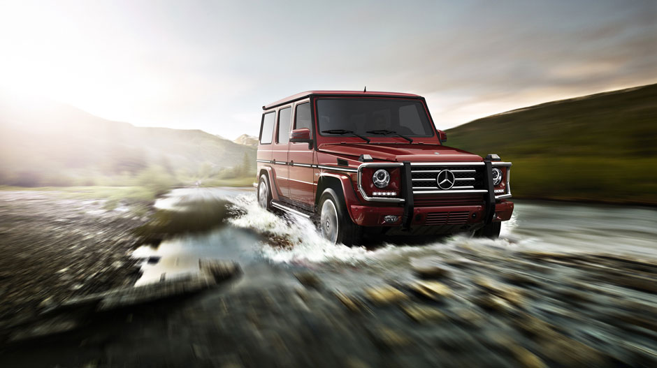 G 550 driving through stream