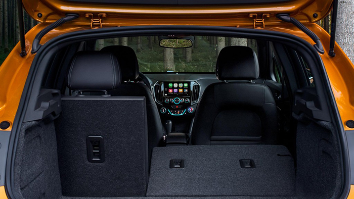 Chevy Cruze Hatchback Garber