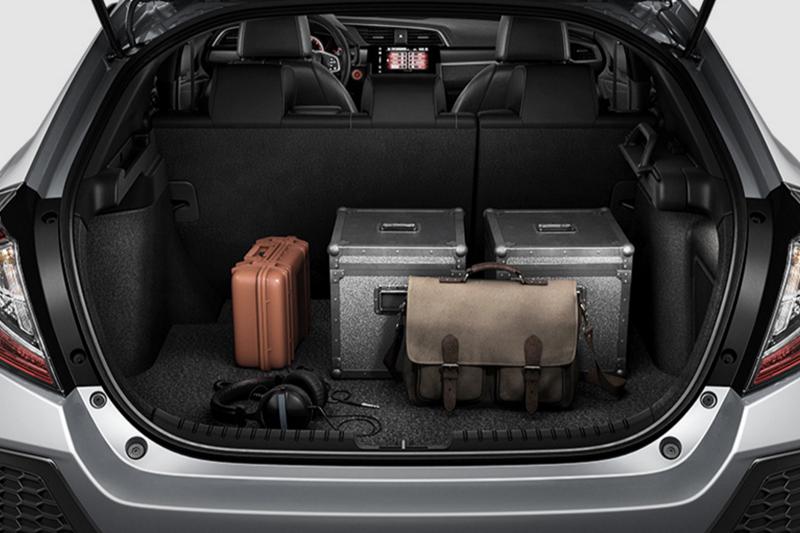 New 2018 honda civic hatchback model review honda of ann for Honda accord cargo space