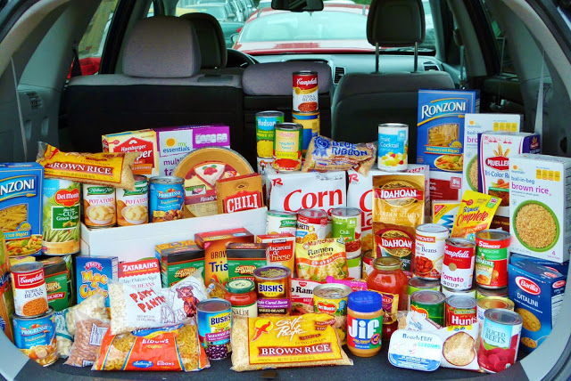 Kia Country CARES Food Drive