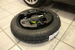 kia_spare_tire_kit_1