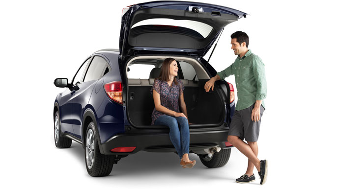 The 2017 honda hr v a stunning compact crossover for Honda hrv cargo space