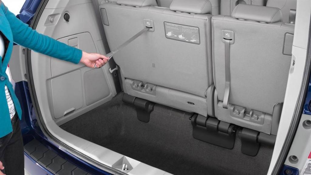 2016 Honda Odyssey Third-Row-Magic-Seat