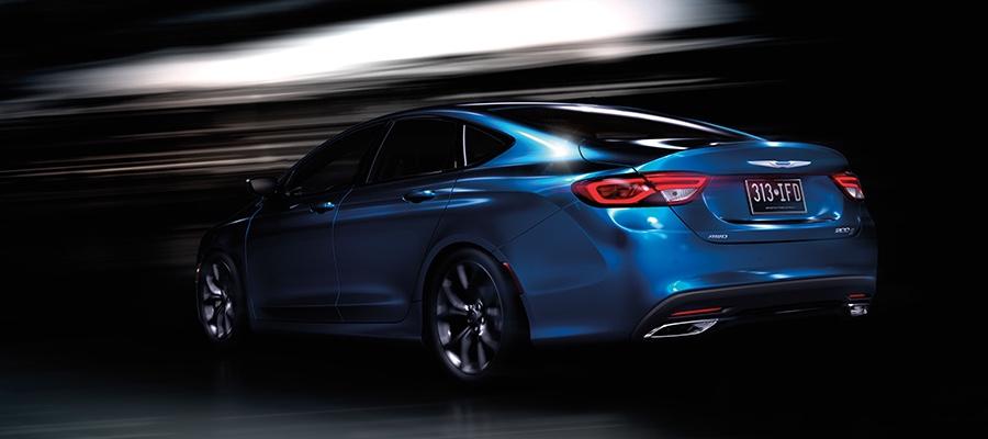 2016 Chrysler 200 blue exterior