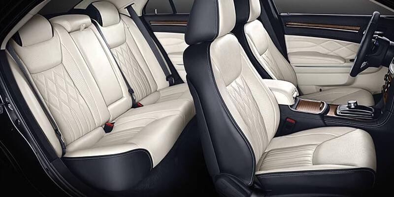 2016 Chrysler 300 interior seating