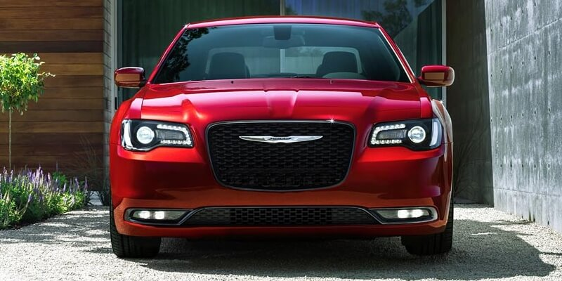 2016 Chrysler 300 front view up close
