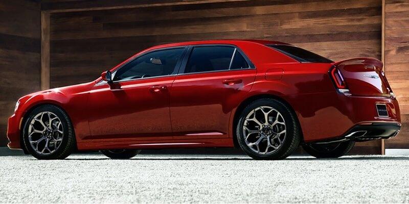 2016 Chrysler 300 red exterior