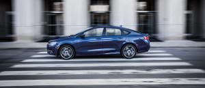 2016 Chrysler 200 motion