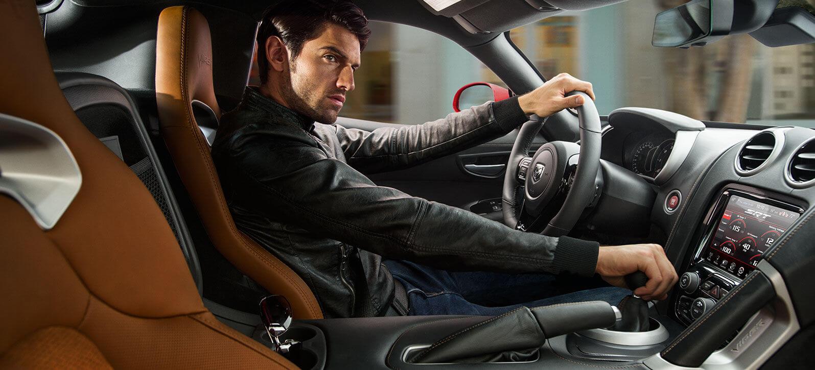 2016 Dodge Viper interior front