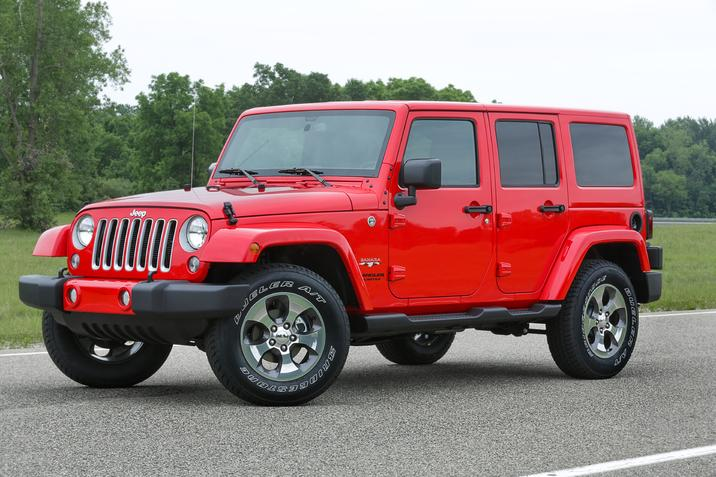 2016 Jeep Wrangler UNL red