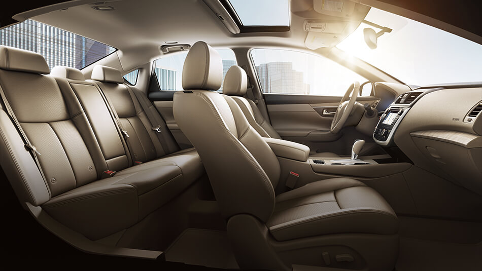 2016 Nissan Altima interior seating