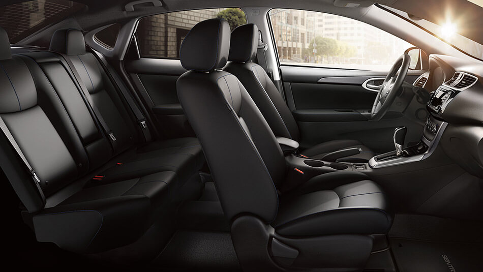 2016 Nissan Sentra interior seating