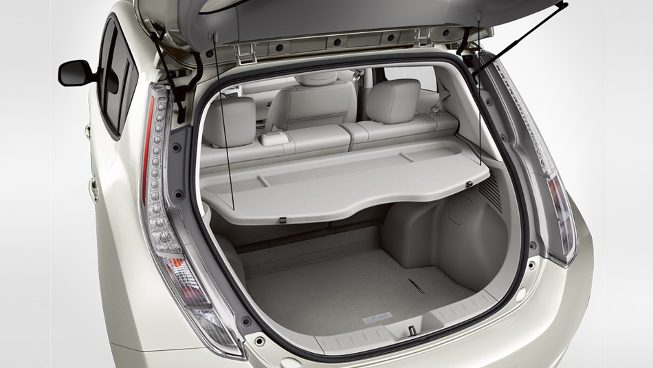2016 Nissan Leaf Trunk