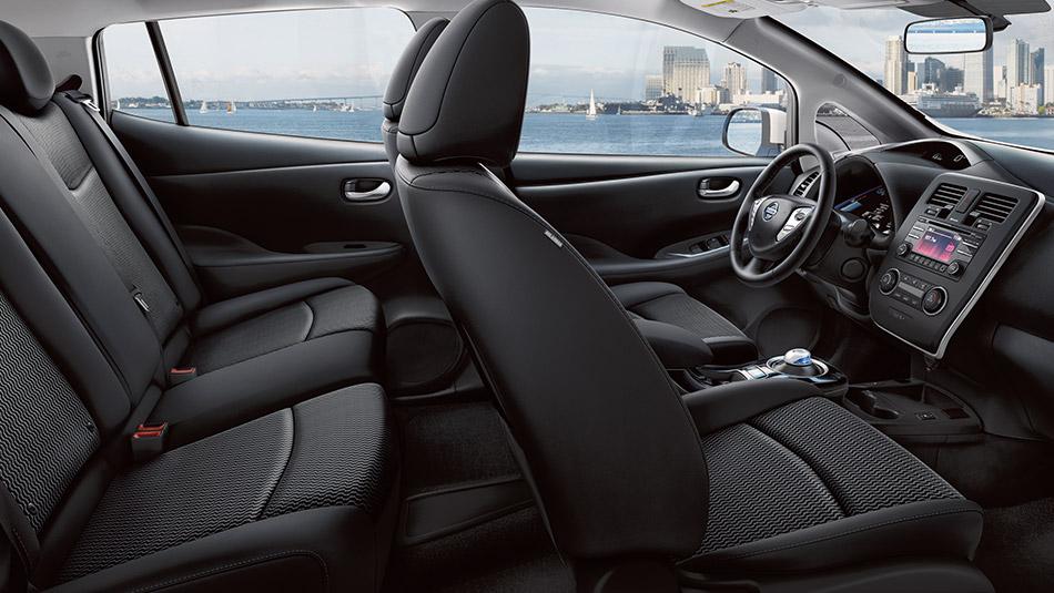 2016 Nissan Leaf Seats