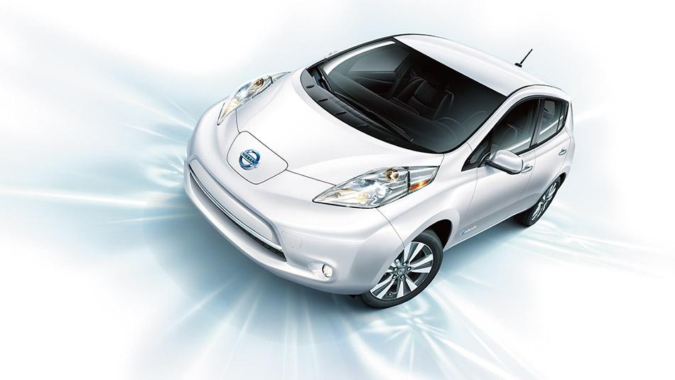 2016 Nissan Leaf white