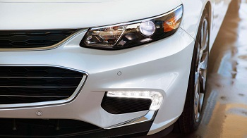 2016-Chevy-Malibu-Headlights