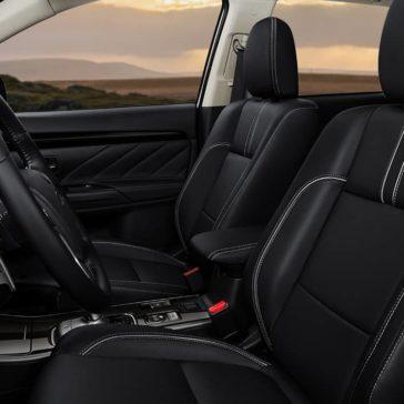 2018 Mitsubishi Outlander PHEV interior 1