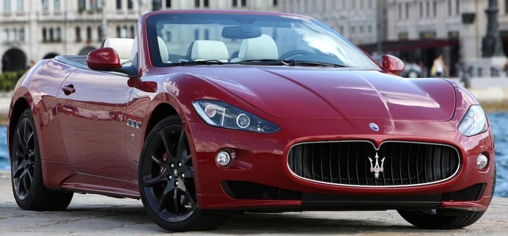 2015_Maserati_GranTurismo_Convertible_2dr_Convertible_47L_8cyl_6A_4195898