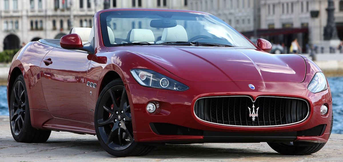 maserati granturismo meet your dream car. Black Bedroom Furniture Sets. Home Design Ideas