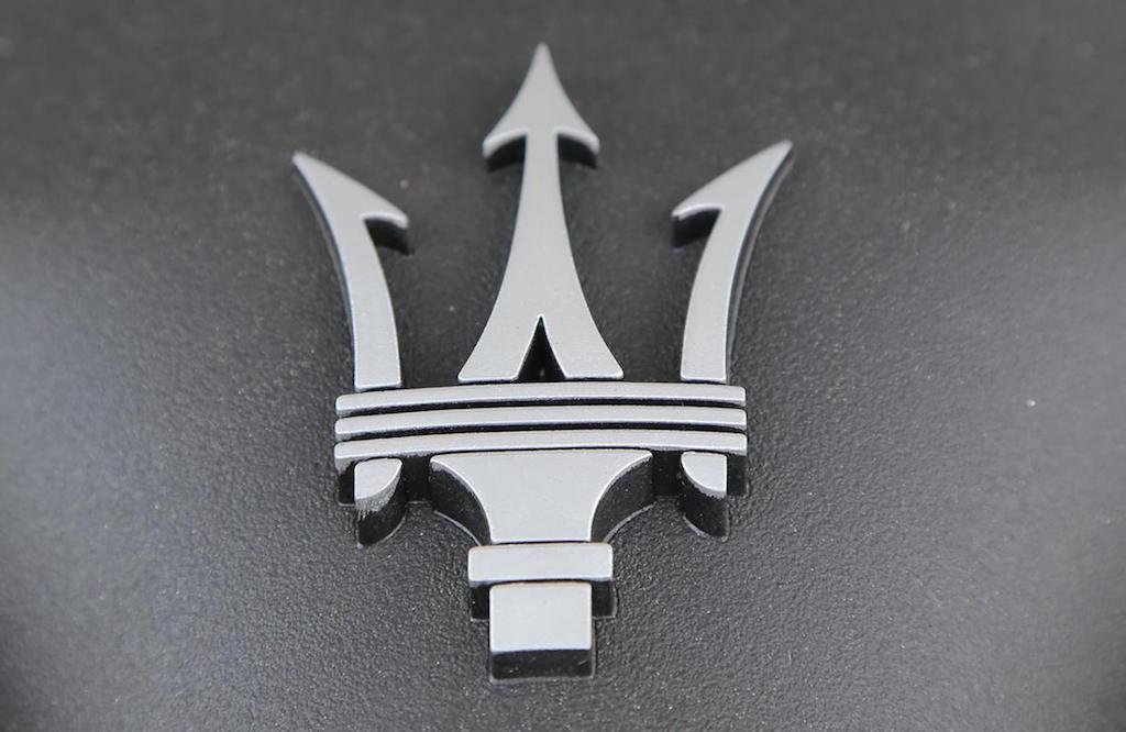 maserati-granturismo-convertible-engine-8