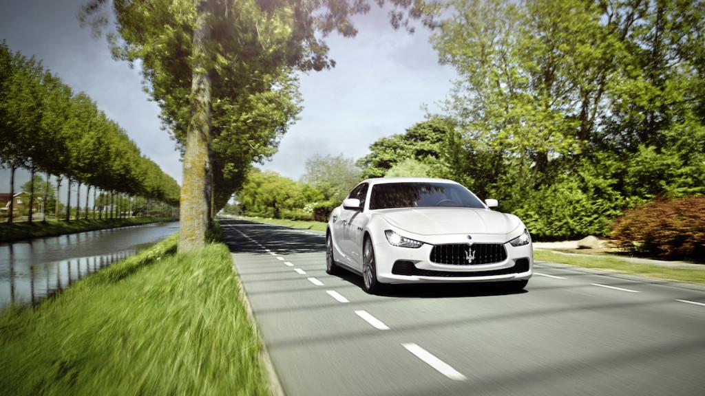 2016 Maserati Ghibli Sunny