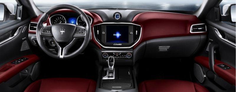 2017-Maserati-Ghibli-Dashboard