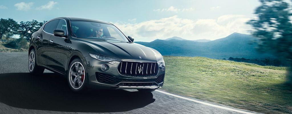 2017-Maserati-Levante-Exterior