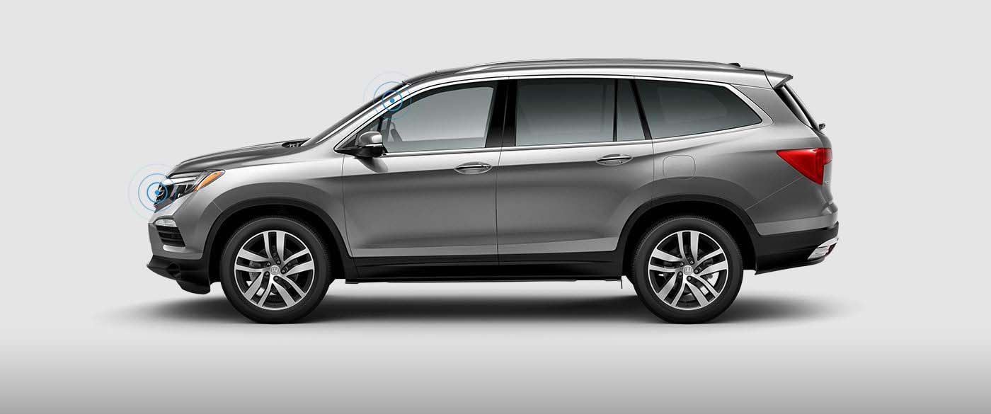 Side view of Honda Pilot