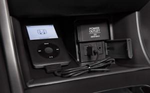 2015-honda-accord-hybrid-sedan-usb-audio-b