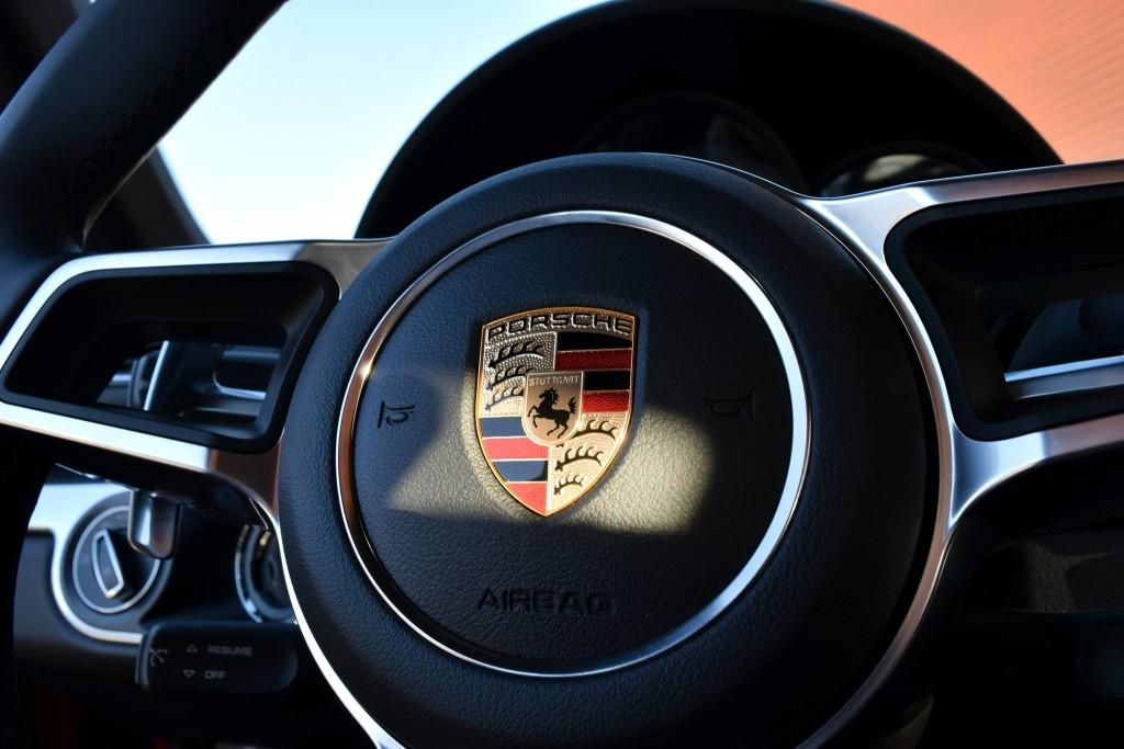 Porsche Fremont Fletcher Jones 2017 steering wheel and logo