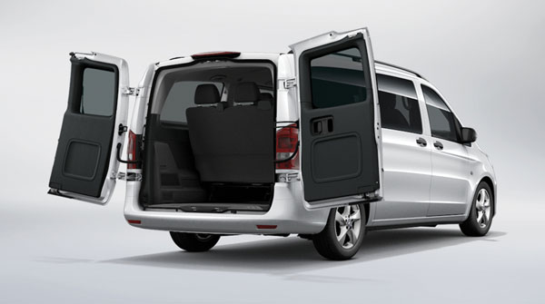 customize your 2016 mercedes benz metris passenger van. Black Bedroom Furniture Sets. Home Design Ideas