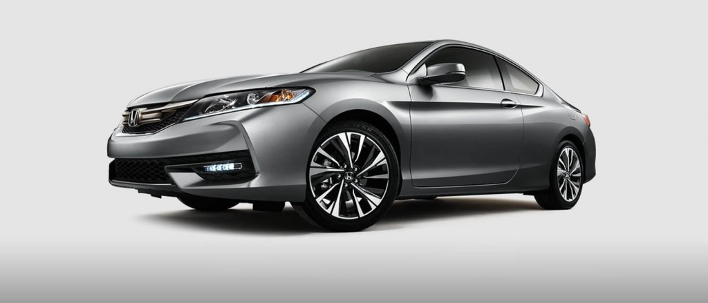 2017 Honda Accord Coupe in silver 3/4 view