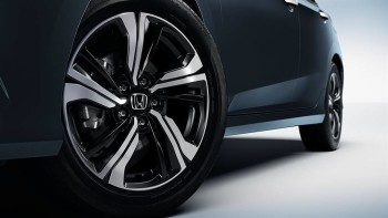 2016 Honda Civic wheel closeup