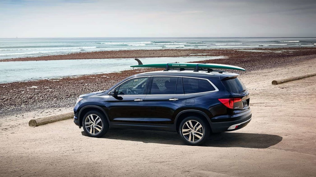 2017 Honda Pilot in front of lake