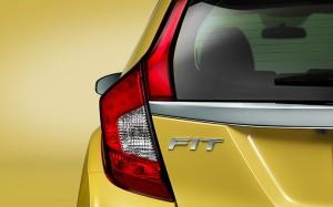 2016-honda-fit-taillight