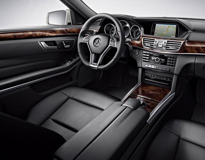 2016 Mercedes-Benz E350 vs 2016 BMW 535i: Interior Design & Technology