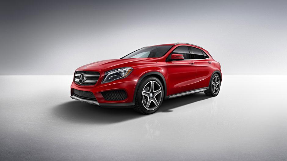2016 Mercedes-Benz GLA250 vs 2016 Volkswagen Tiguan: Performance
