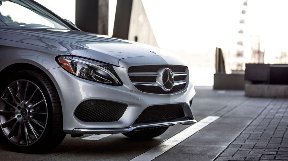 Mercedes-Benz C-Class Front End