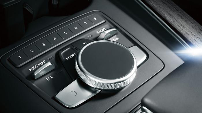 2017-Audi-A4-interior-blog