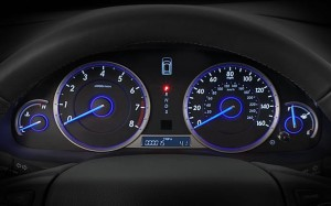 2014-honda-crosstour-interior-feature-instrument-panel-detail
