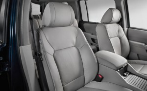 2015-honda-pilot-interior-safety-active-head-restraints